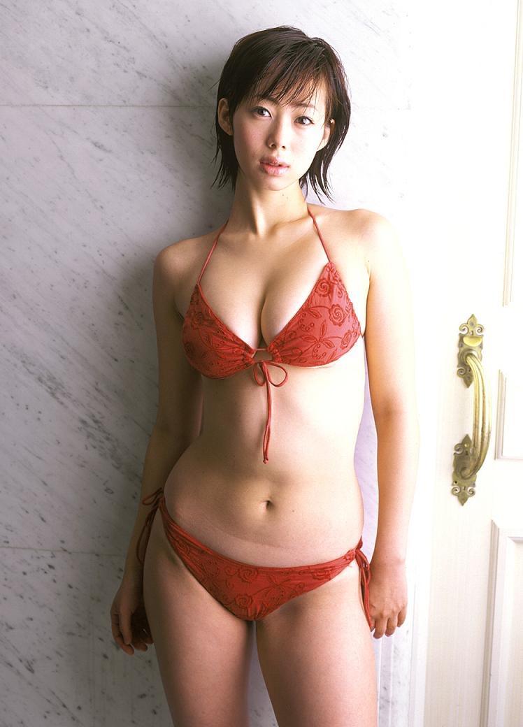 【井上和香グラビア画像】かつて「ワカパイ」と呼ばれたFカップ巨乳のグラビアアイドルの現在は? 43