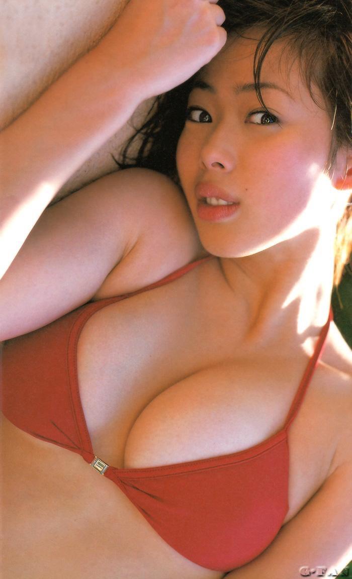 【井上和香グラビア画像】かつて「ワカパイ」と呼ばれたFカップ巨乳のグラビアアイドルの現在は? 46