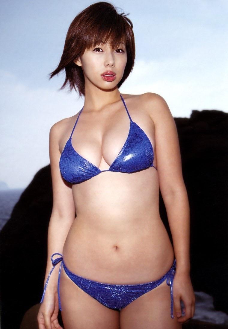 【井上和香グラビア画像】かつて「ワカパイ」と呼ばれたFカップ巨乳のグラビアアイドルの現在は? 50