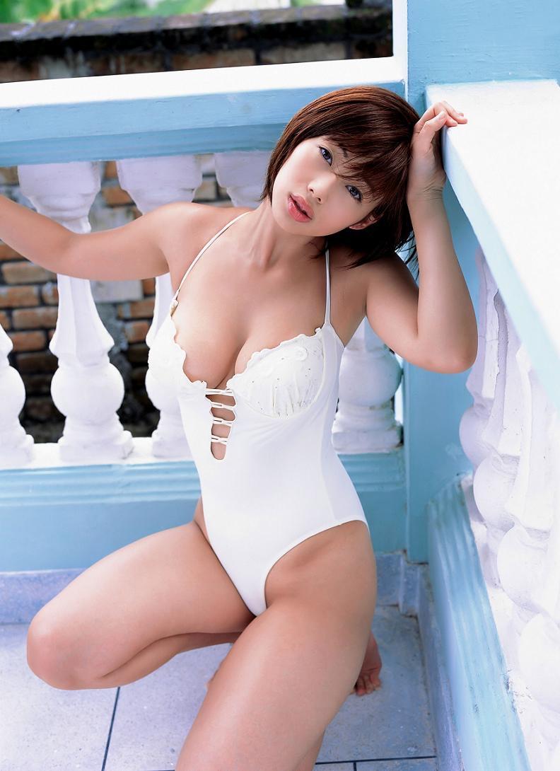 【井上和香グラビア画像】かつて「ワカパイ」と呼ばれたFカップ巨乳のグラビアアイドルの現在は? 54