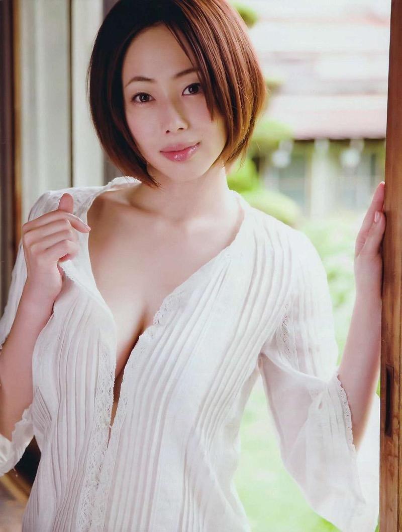 【井上和香グラビア画像】かつて「ワカパイ」と呼ばれたFカップ巨乳のグラビアアイドルの現在は? 60