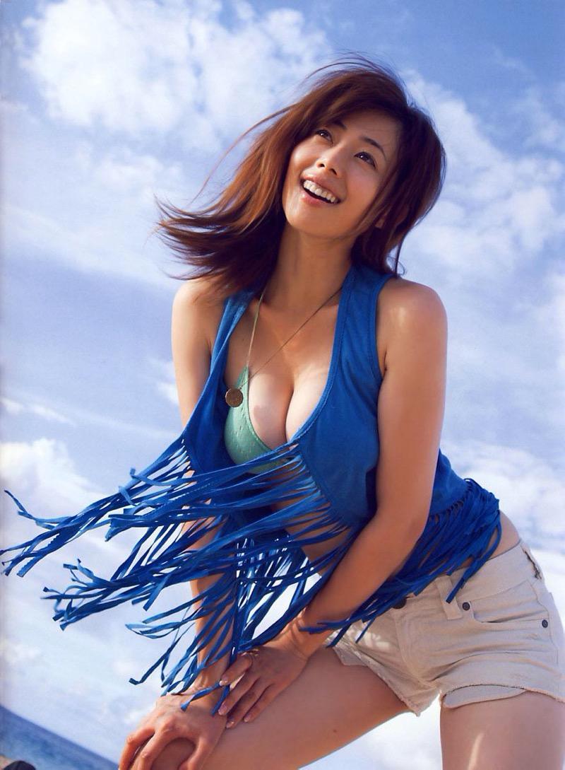 【井上和香グラビア画像】かつて「ワカパイ」と呼ばれたFカップ巨乳のグラビアアイドルの現在は? 69