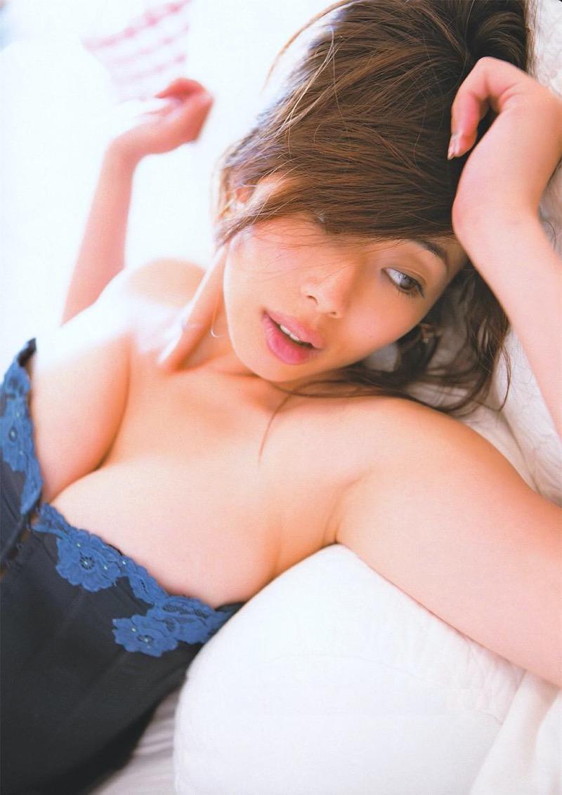 【井上和香グラビア画像】かつて「ワカパイ」と呼ばれたFカップ巨乳のグラビアアイドルの現在は? 70