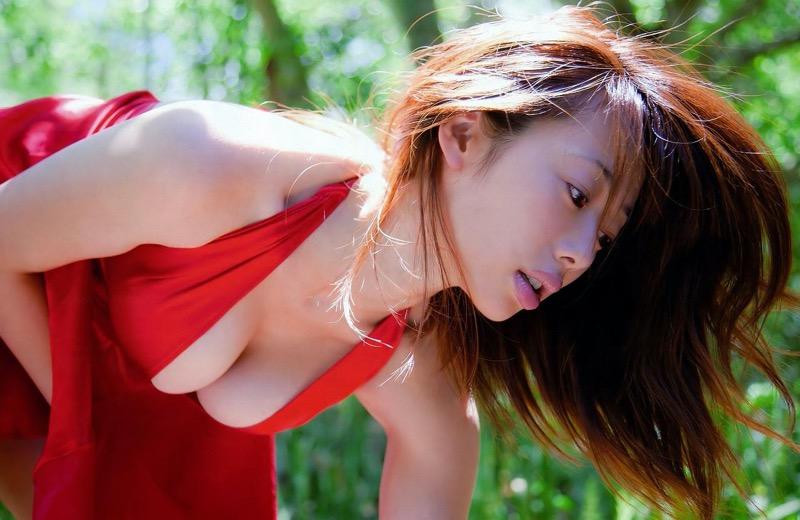 【井上和香グラビア画像】かつて「ワカパイ」と呼ばれたFカップ巨乳のグラビアアイドルの現在は? 98