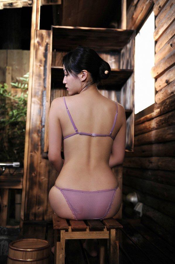 【平田薫グラビア画像】専属モデル出身の美人女優が魅せる可愛くてちょっとだけセクシーなビキニ水着姿 50