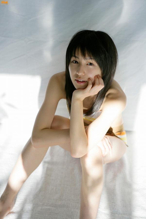 【平田薫グラビア画像】専属モデル出身の美人女優が魅せる可愛くてちょっとだけセクシーなビキニ水着姿 63