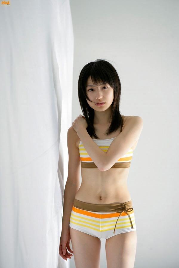 【平田薫グラビア画像】専属モデル出身の美人女優が魅せる可愛くてちょっとだけセクシーなビキニ水着姿 66
