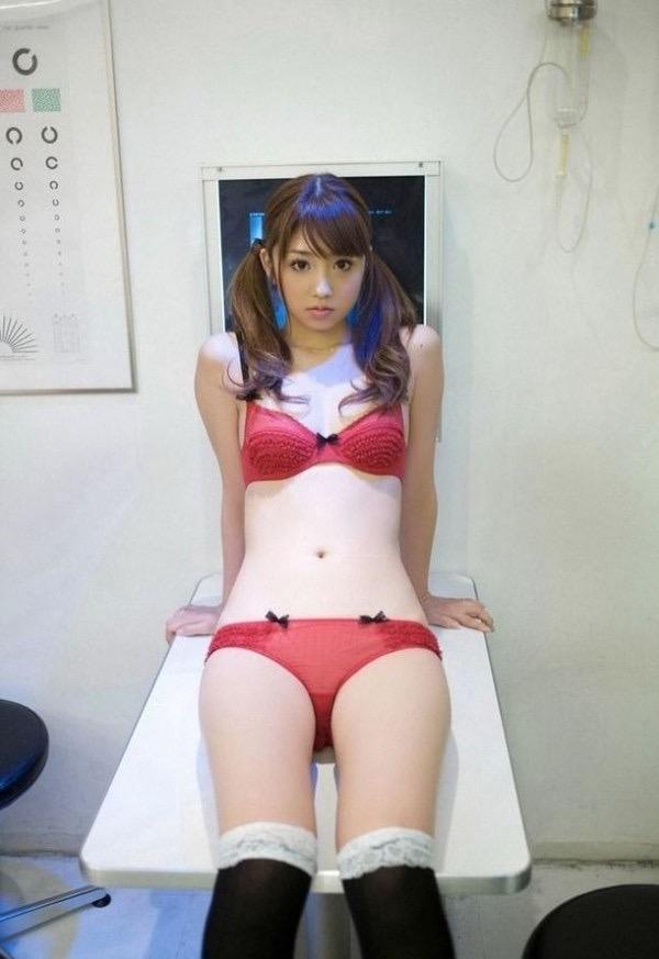 【小倉優子グラビア画像】あどけないからセクシーまで幅広くグラビアアイドルをやっていた元こりん星人w 20