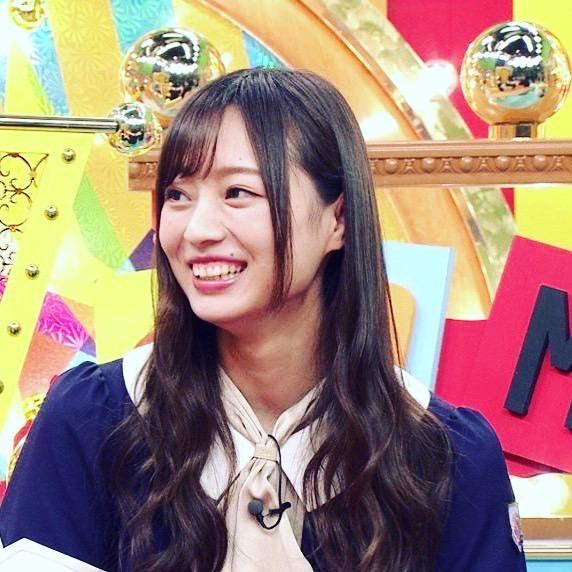 【梅澤美波インスタ画像】グラビアで美脚を披露している乃木坂46アイドルの自撮りが可愛くて癒やされるわw 10