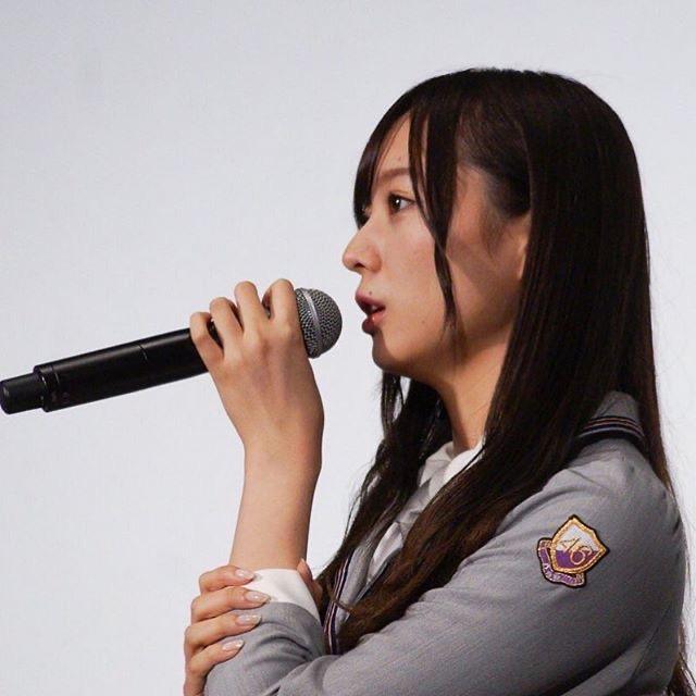 【梅澤美波インスタ画像】グラビアで美脚を披露している乃木坂46アイドルの自撮りが可愛くて癒やされるわw 28