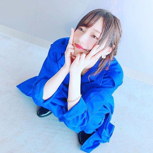 【梅澤美波インスタ画像】グラビアで美脚を披露している乃木坂46アイドルの自撮りが可愛くて癒やされるわw 61