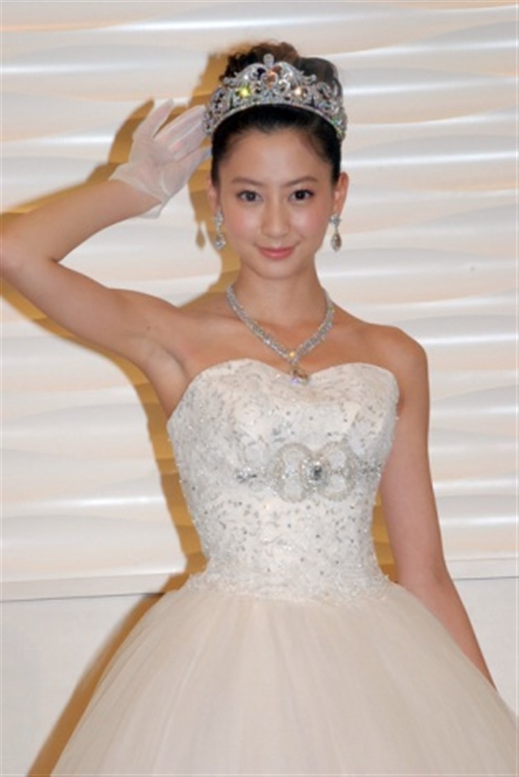 【河北麻友子キャプ画像】美人ファッションモデルが胸元が見えそうなシーンをキャプチャーしたったwwww 41
