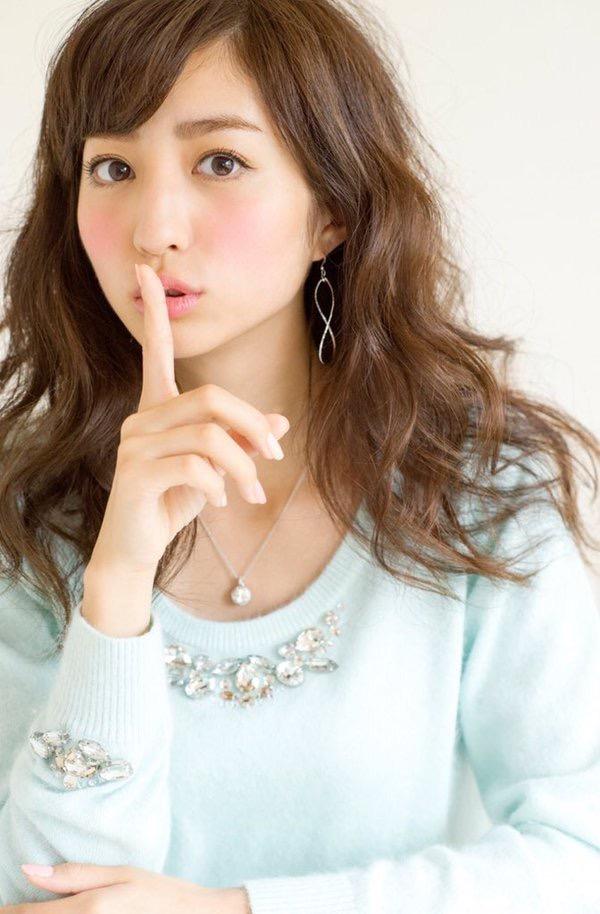 【堀田茜キャプ画像】専属ファッションモデルが芸人レベルの体当たり過ぎるテレビ出演シーンがこちらwwww 47