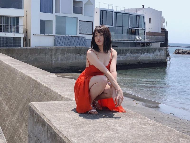 【石田桃香グラビア画像】浪速のピーチ姫の意味はよく分からんけどエロい身体してるのは理解したわwwww 69
