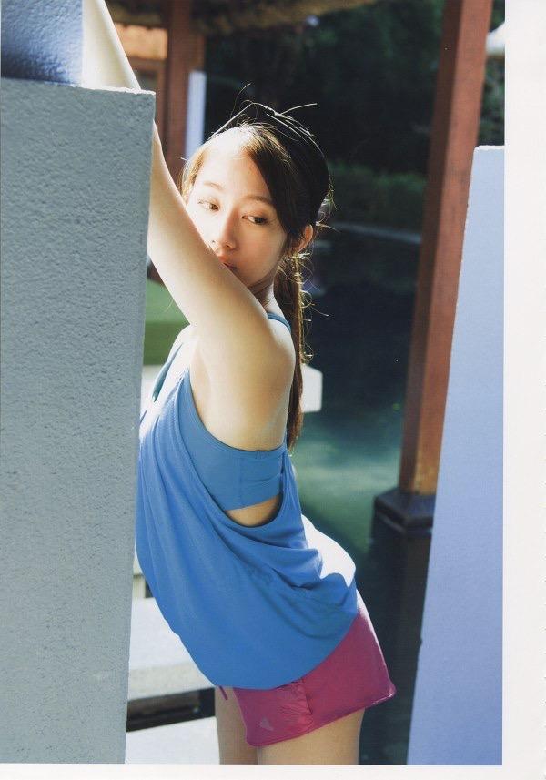 【桜井玲香グラビア画像】水着の次はランジェリーと段階を踏んで大人のエロいトコを見せてくれますねw 27