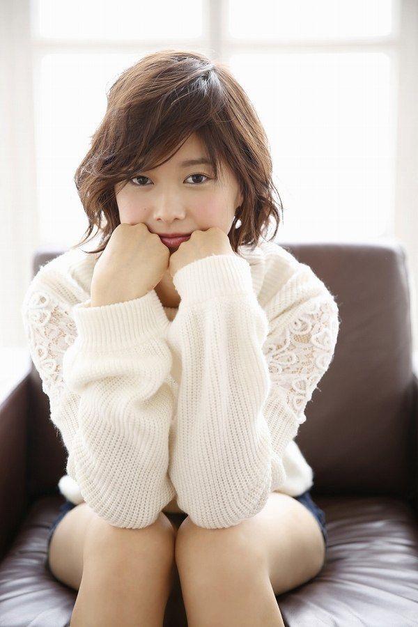【渡邉理佐グラビア画像】可愛さと大人っぽさを合わせ持つ櫻坂46アイドルのセクシーなビキニ姿がエロい 20