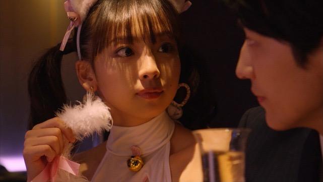 【華村あすかキャプ画像】可愛さだけじゃなく綺麗でエロいスレンダーボディも見逃せない美少女グラドル 40