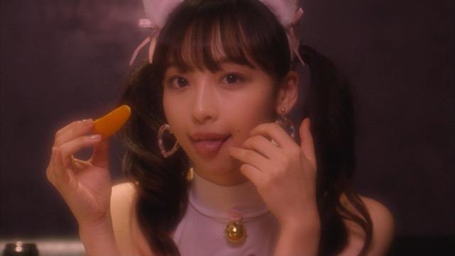 【華村あすかキャプ画像】可愛さだけじゃなく綺麗でエロいスレンダーボディも見逃せない美少女グラドル 49