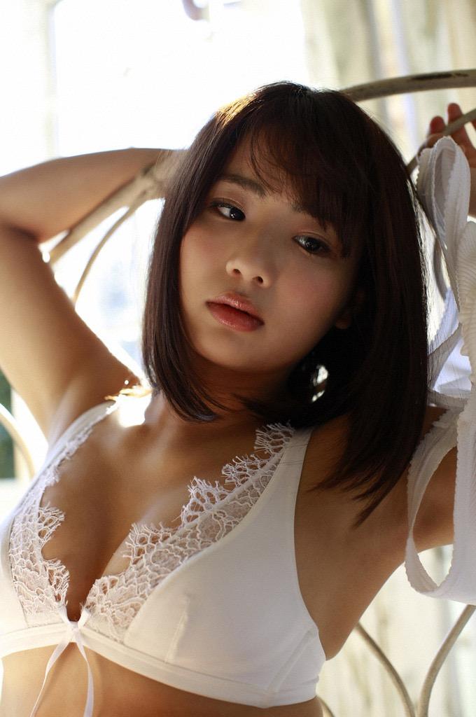 【平嶋夏海グラビア画像】グラドル顔負けなFカップエロボディでAKB48卒業後も活躍している元アイドル 30