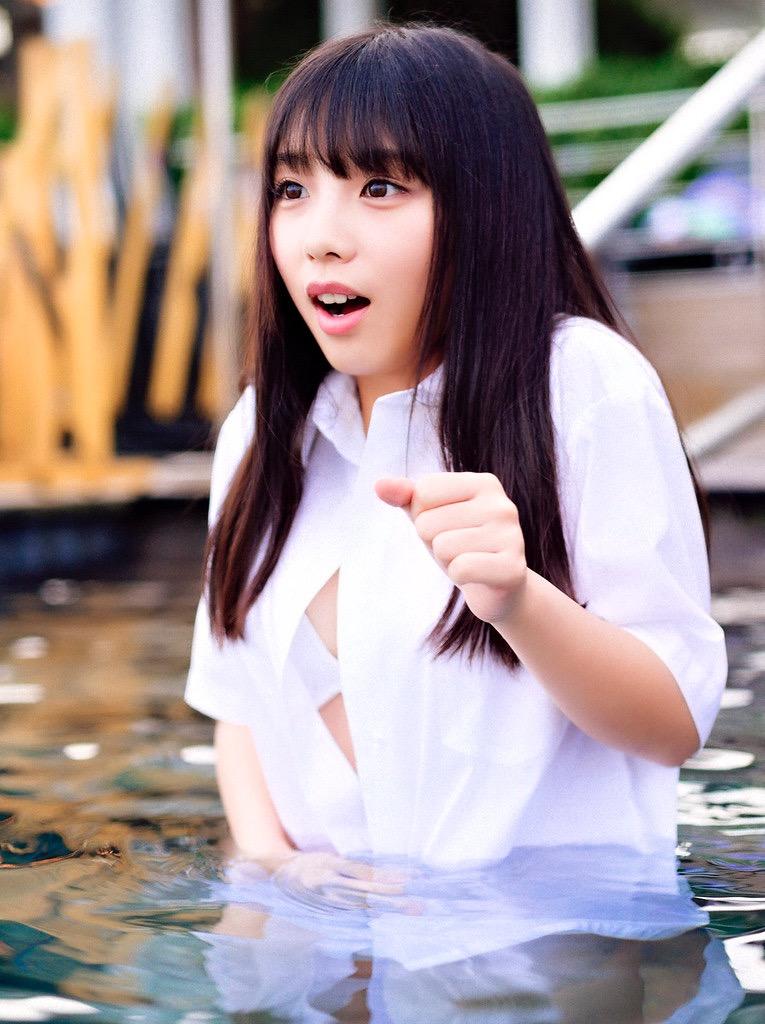 【与田祐希グラビア画像】乃木坂46加入4年目を迎えた現役アイドルの可愛くてちょっとエッチな水着画像 39
