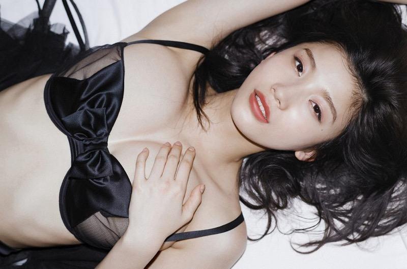 【小倉優香水着画像】セクシーなグラビアを見せてくれているリアル峰不二子が卒業するってマジ!?