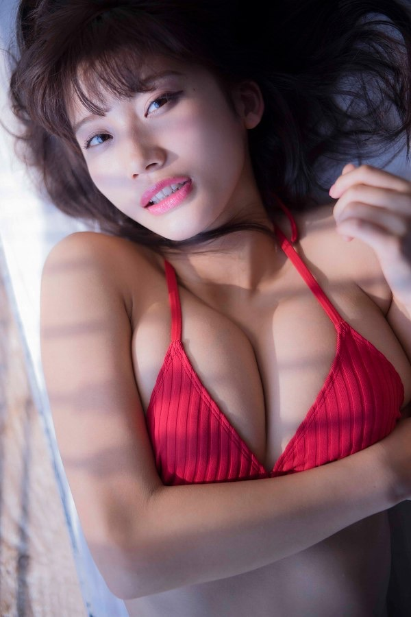 【小倉優香水着画像】セクシーなグラビアを見せてくれているリアル峰不二子が卒業するってマジ!? 57