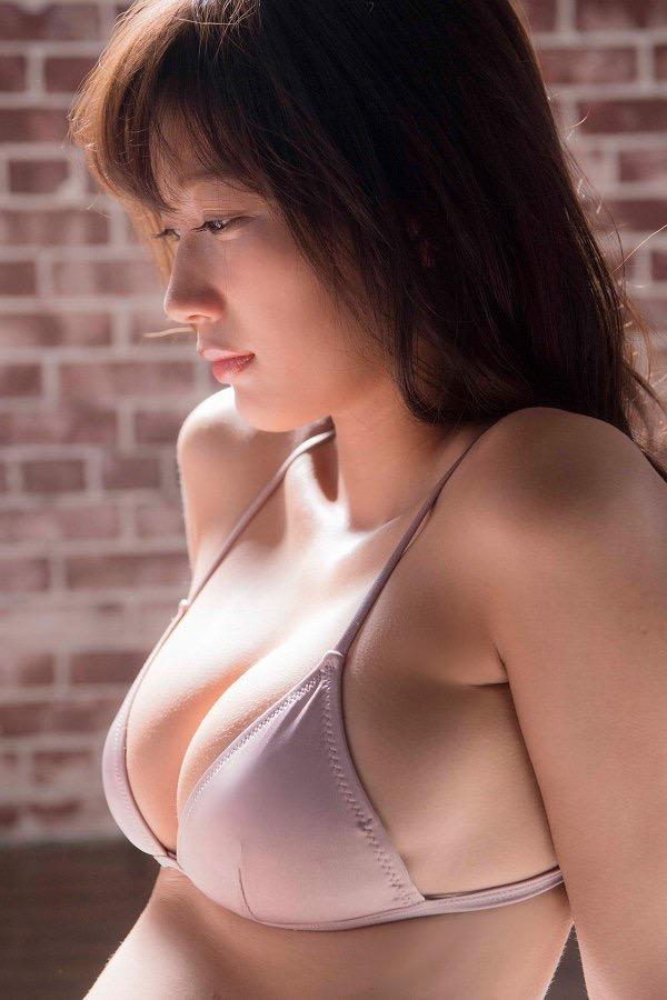【小倉優香水着画像】セクシーなグラビアを見せてくれているリアル峰不二子が卒業するってマジ!? 59