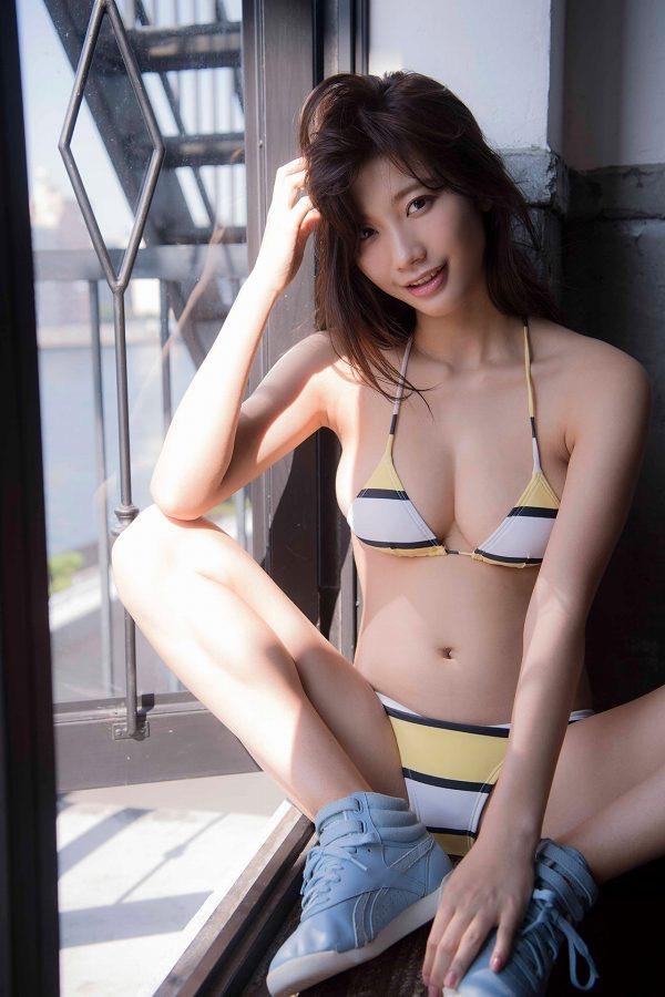 【小倉優香水着画像】セクシーなグラビアを見せてくれているリアル峰不二子が卒業するってマジ!? 61