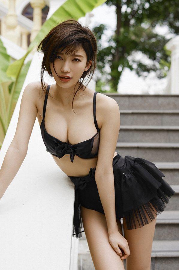 【小倉優香水着画像】セクシーなグラビアを見せてくれているリアル峰不二子が卒業するってマジ!? 85