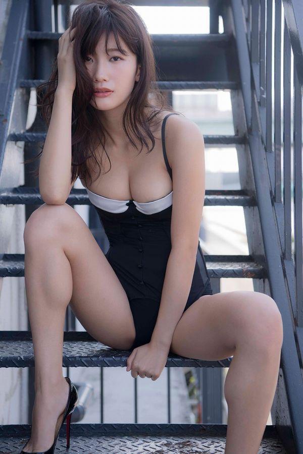 【小倉優香水着画像】セクシーなグラビアを見せてくれているリアル峰不二子が卒業するってマジ!? 88