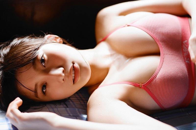 【小倉優香水着画像】セクシーなグラビアを見せてくれているリアル峰不二子が卒業するってマジ!? 99