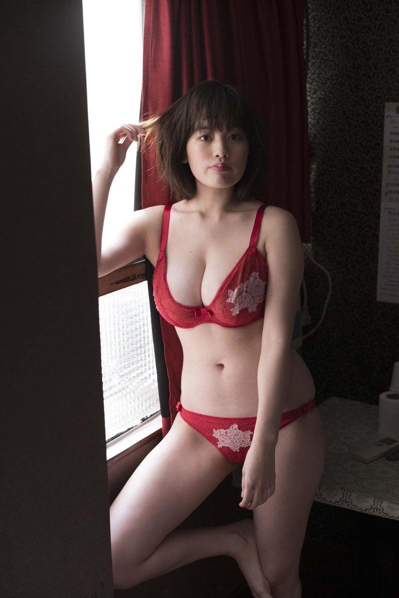 【筧美和子グラビア画像】日本人らしい形のFカップが最高にエロくてパイズリしたくなるメチャシコモデル 04