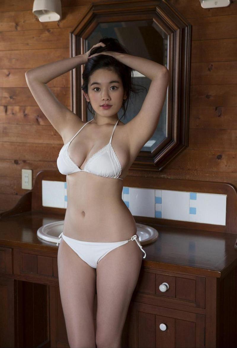 【筧美和子グラビア画像】日本人らしい形のFカップが最高にエロくてパイズリしたくなるメチャシコモデル 05