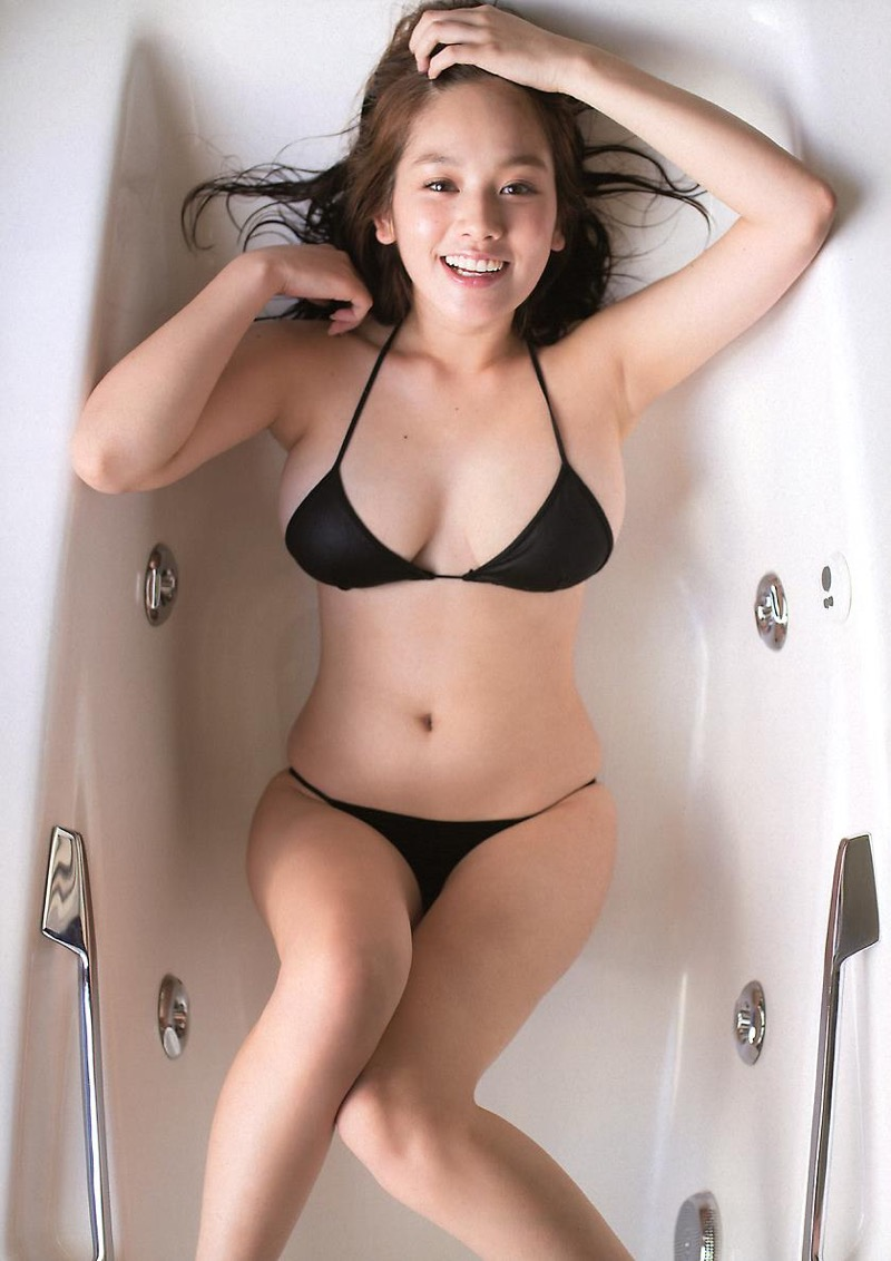 【筧美和子グラビア画像】日本人らしい形のFカップが最高にエロくてパイズリしたくなるメチャシコモデル 22