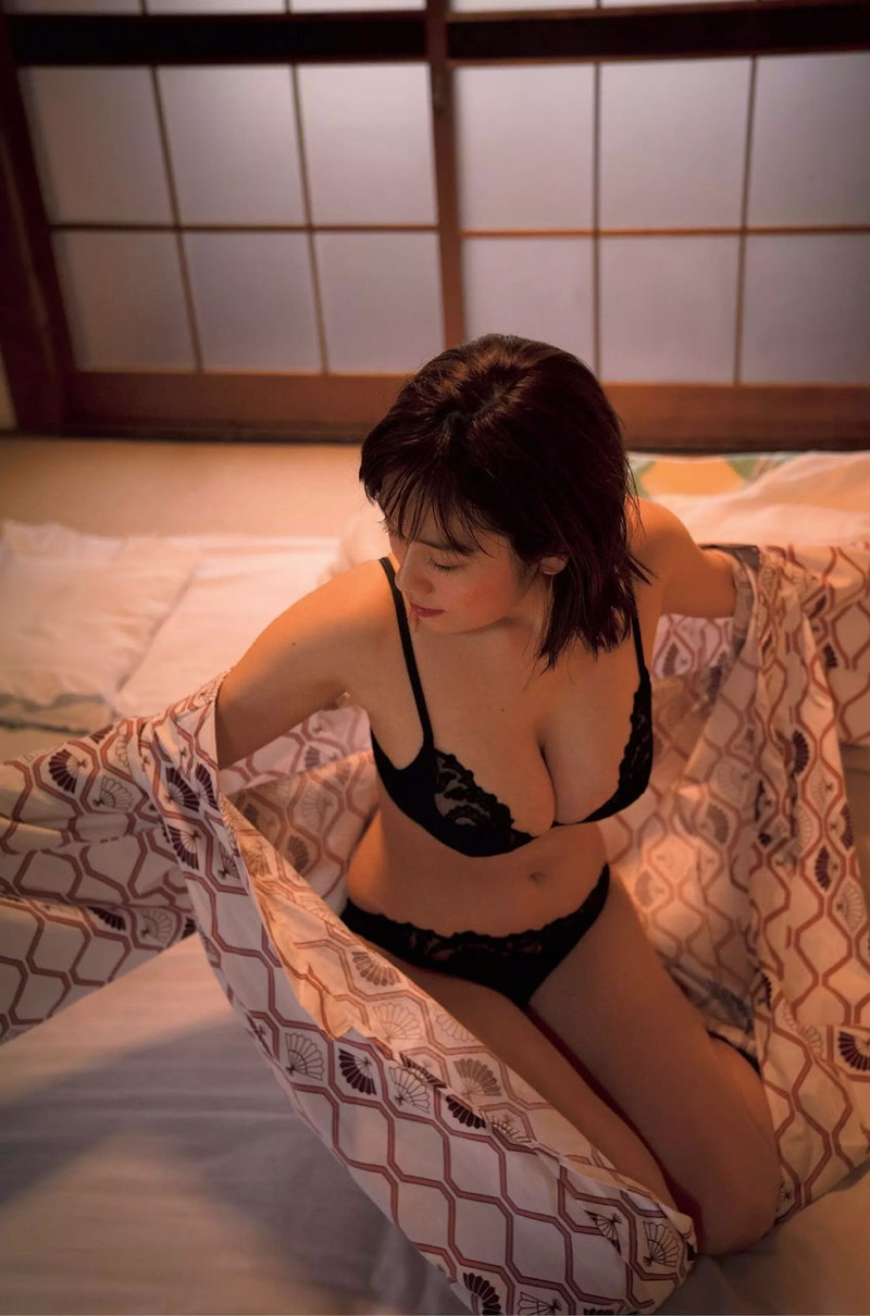 【筧美和子グラビア画像】日本人らしい形のFカップが最高にエロくてパイズリしたくなるメチャシコモデル 36