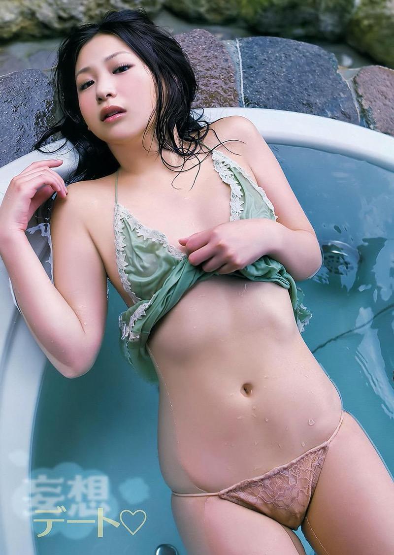 【佐山彩香グラビア画像】デビュー10周年を契機に引退を決めたグラビアアイドルの闇が深すぎた 53