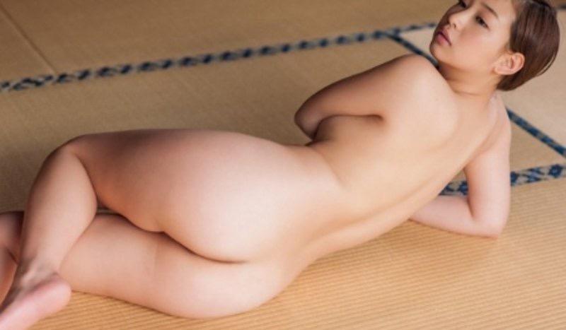 【佐山彩香グラビア画像】デビュー10周年を契機に引退を決めたグラビアアイドルの闇が深すぎた 99