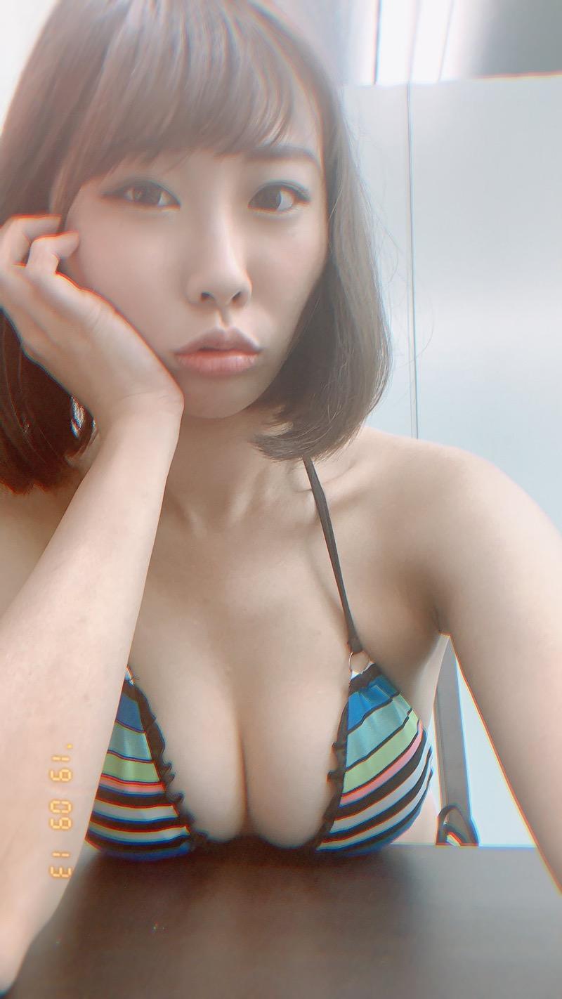 【川島愛里沙エロ画像】ビキニの紐が重みで切れてオッパイポロリしてしまいそうなたわわなGカップ巨乳 40