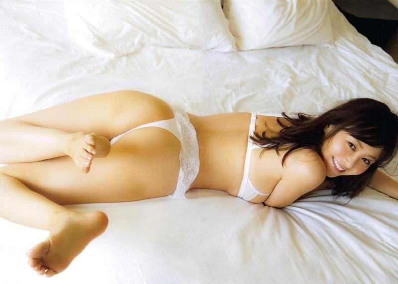 【食い込み尻画像】美女の綺麗なお尻に食い込むセクシーなビキニやランジェリー姿がクソエロいwwww 09