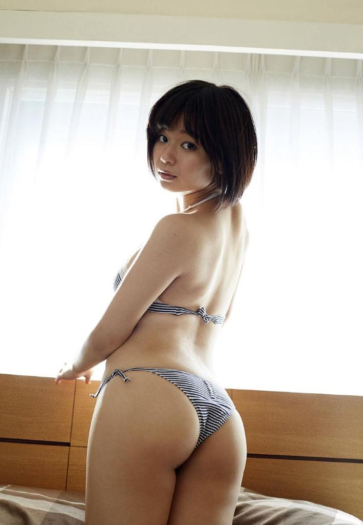 【食い込み尻画像】美女の綺麗なお尻に食い込むセクシーなビキニやランジェリー姿がクソエロいwwww 57