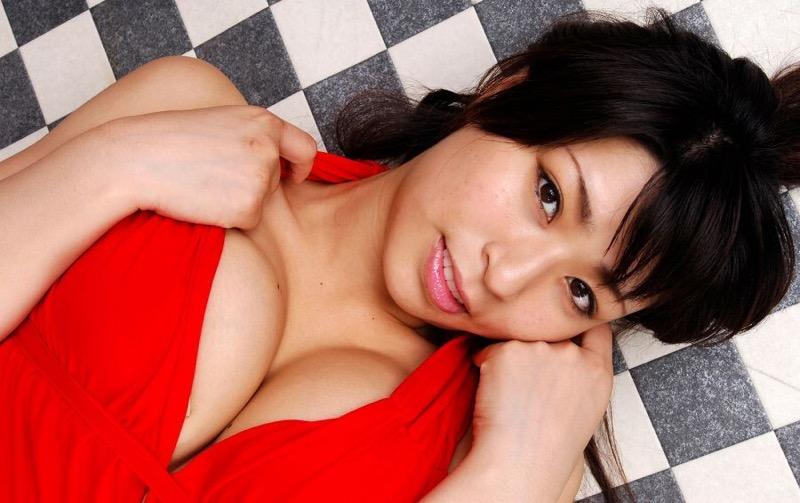 【岡田真由香グラビア画像】Kカップ爆乳のドスケベボディで男性達を悦ばせたグラビアアイドルの現在は? 22