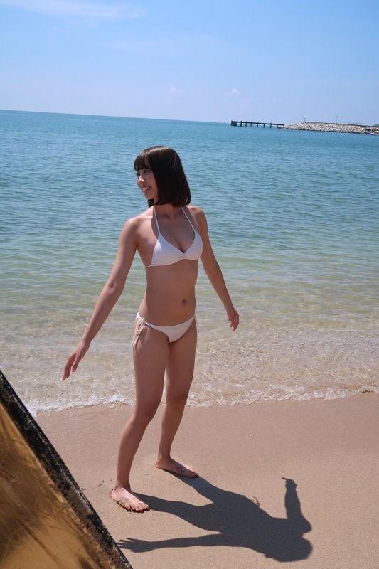 【山岸奈津美キャプ画像】元NMB48アイドルが着エロイメージビデオに出て疑似フェラしてるって本当かよwww 33