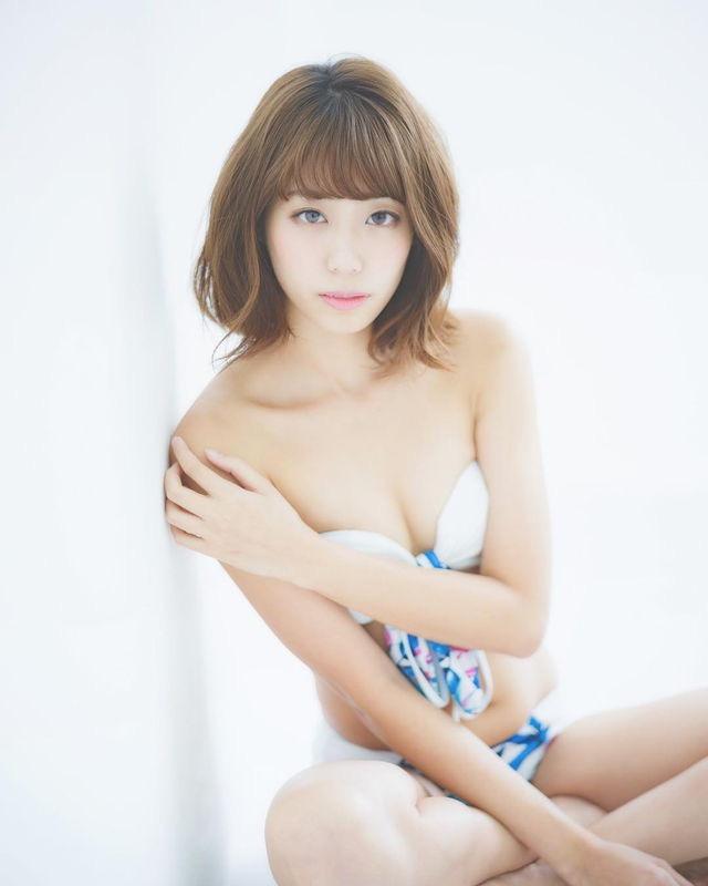 【山岸奈津美キャプ画像】元NMB48アイドルが着エロイメージビデオに出て疑似フェラしてるって本当かよwww 41