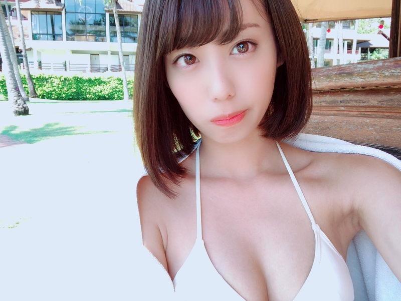 【山岸奈津美キャプ画像】元NMB48アイドルが着エロイメージビデオに出て疑似フェラしてるって本当かよwww 67