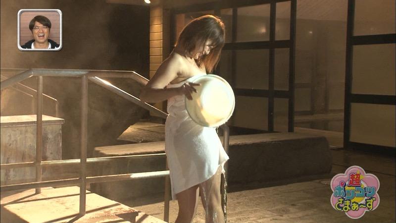 【山内鈴蘭キャプ画像】7年振りに水着グラビアへ復帰したSKE48アイドルの温泉入浴シーンがこちら! 05