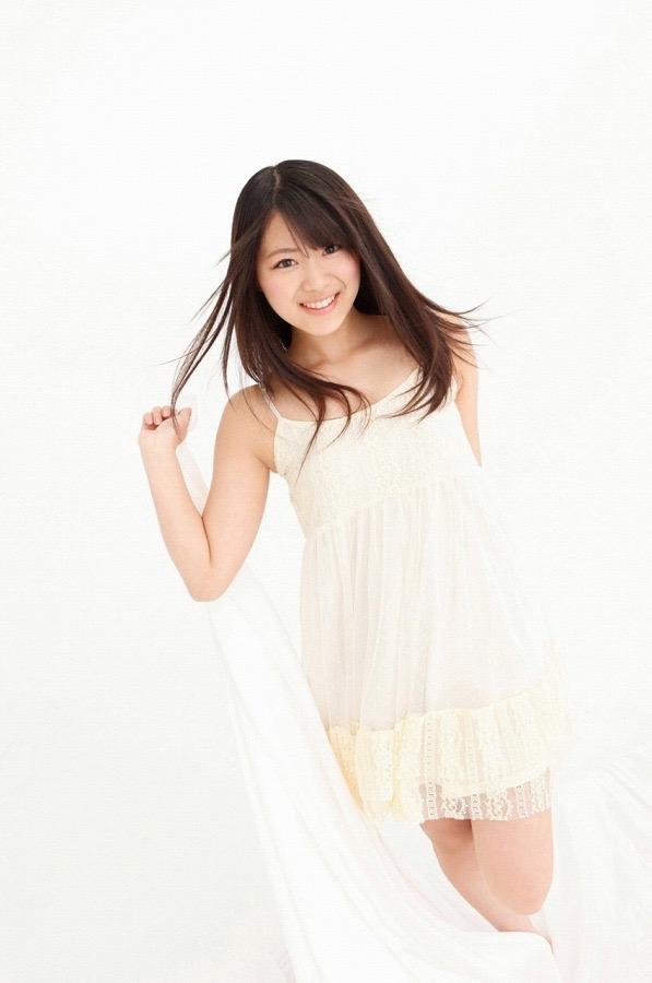 【山内鈴蘭キャプ画像】7年振りに水着グラビアへ復帰したSKE48アイドルの温泉入浴シーンがこちら! 54