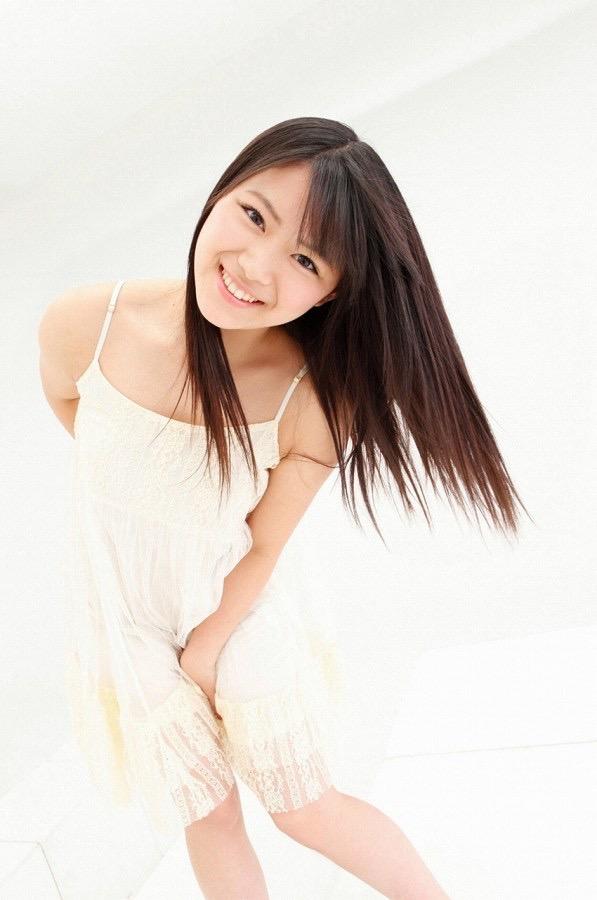 【山内鈴蘭キャプ画像】7年振りに水着グラビアへ復帰したSKE48アイドルの温泉入浴シーンがこちら! 55