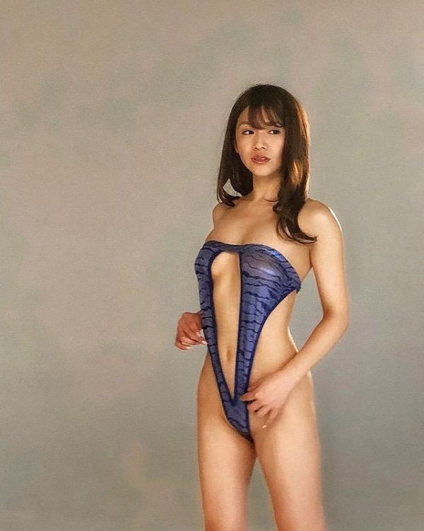 【金山睦エロ画像】グラビアアイドルの変態水着を引っ張り上げてマンコに食い込ませてイジメたい! 20