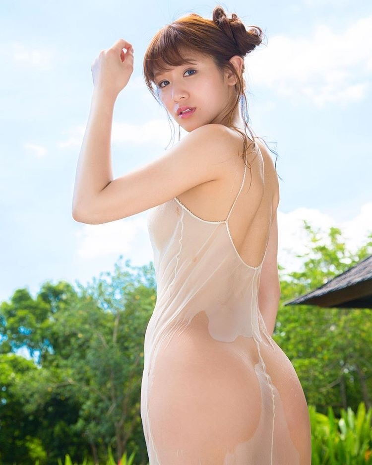 【金山睦エロ画像】グラビアアイドルの変態水着を引っ張り上げてマンコに食い込ませてイジメたい! 34