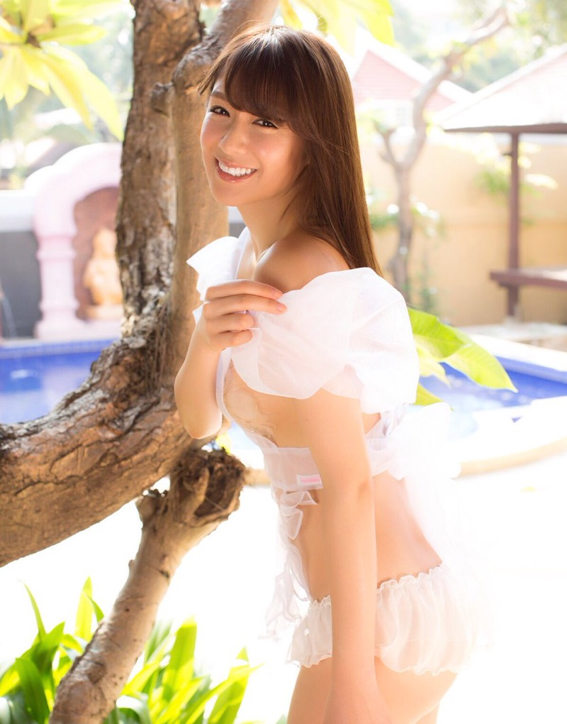 【金山睦エロ画像】グラビアアイドルの変態水着を引っ張り上げてマンコに食い込ませてイジメたい! 40